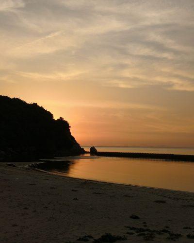 淡路島 夕焼け 砂浜